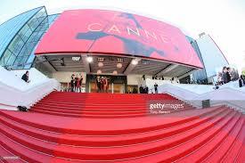 Cannes Red Carpet Selfies